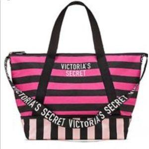 Victoria Secrets weekender bag